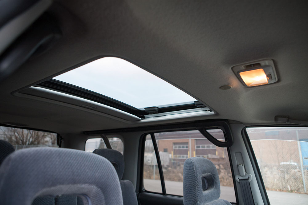 White CRV sunroof