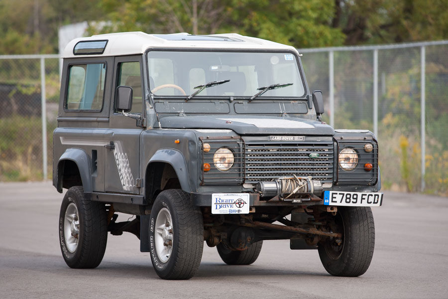 1988 Land Rover Defender (2)
